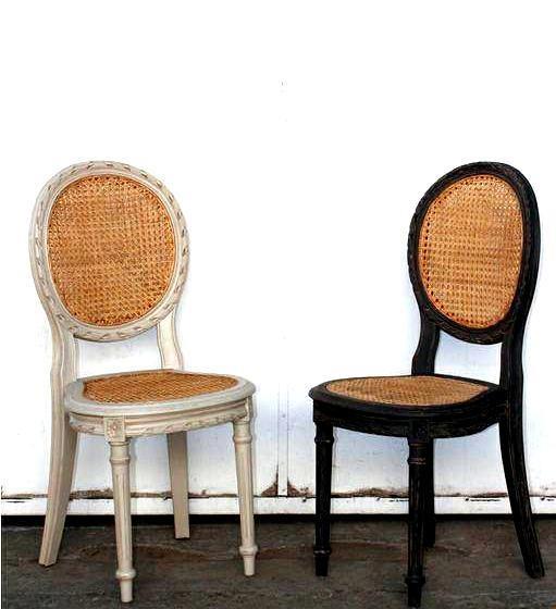 Estas piezas elaboradas de madera y mimbre con un diseño clásico pueden instalarse en cualquier lugar de la casa y entregar un aire innovador.  www.amoble.cl