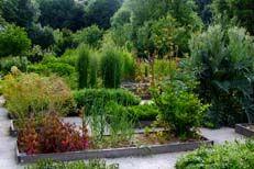 vue du jardin carolingien aux mines d'argent de melle