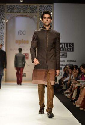 Manish Malhotra @Will Sargent India Fashion Week