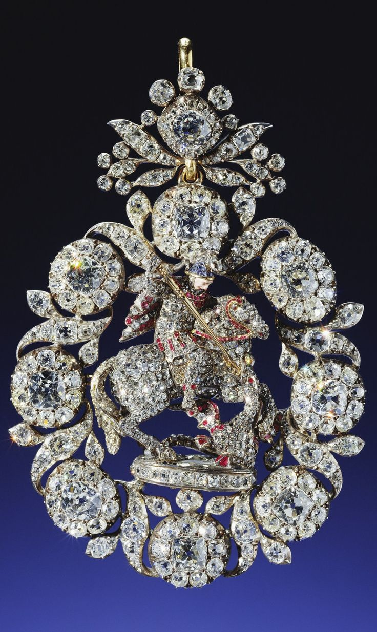 GREAT BRITAIN_From the Royal Collection - Lesser George of gold, jeweled all over, mainly with diamonds, probably made for George II before 1752; possibly remounted for George III, 1765; altered for Queen Victoria, 1858.