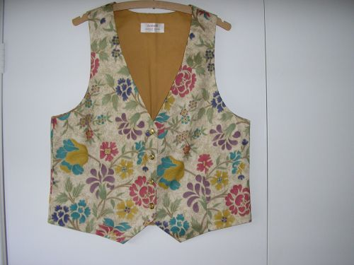 "Ivory/Gold Ladies Waistcoat delicate floral pattern 34"" - 36"""