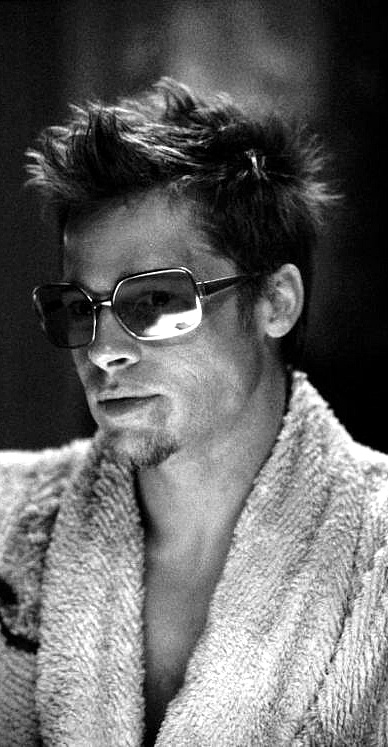 "Brad Pitt in ""Fight Club"" in Oliver Peoples!"