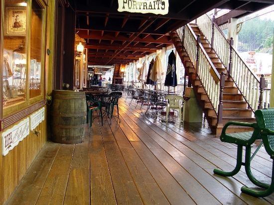 Keystone, South Dakota - Stores and restaurant area.
