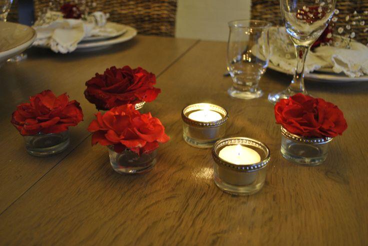 Brug fyrfadsstager til blomster hovederne - Use candlesticks for the flowers