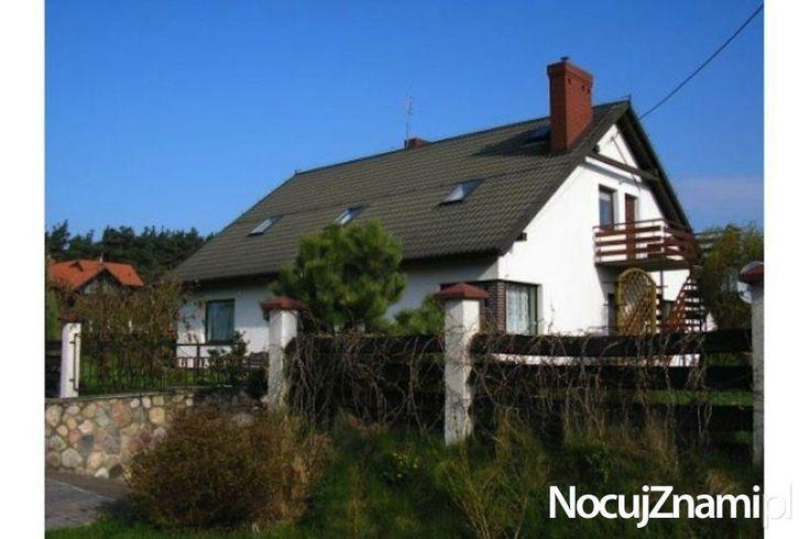 Pensjonat nad jeziorami dla rodzin z dziećmi || Nocleg nad jeziorem || #apartamenty #mazury #jezioro #apartments #polska #poland || http://nocujznami.pl/noclegi/region/jezioro