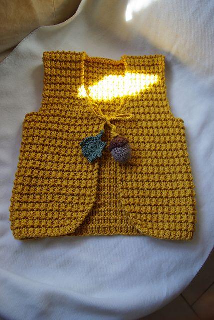 Ravelry: Project Gallery for Petits cashmere - 1. Gilet en côtes brisées pattern by La Droguerie