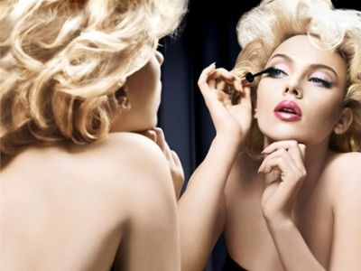 9 Classic Makeup Looks to Rock.Nail Polish, Scarlett Johansson, Beauty Trends, Vintage Hair, Classic Makeup, Nails Polish, Makeup Looks, Beautiful Tips, Beautiful Trends