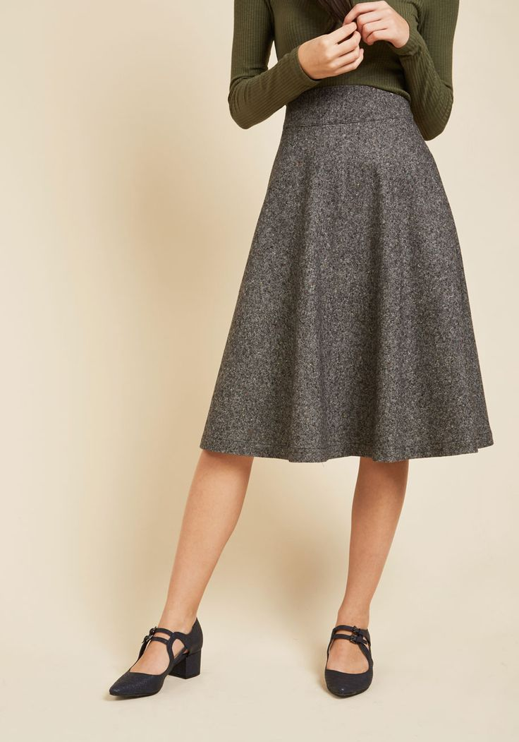 Prim Class Hero Skirt in Charcoal. Attend lectures and presentations with straight-A style in this charcoal tweed skirt! #grey #modcloth