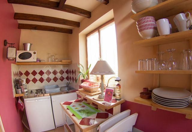 Le Domaine du Martinaa: La Cuisine du Gite La Bouillerie en Normandie