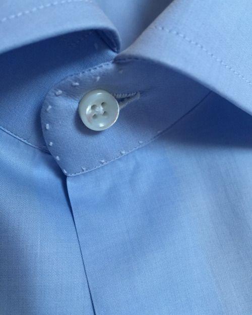 """atimelessman: """" Hand sewn details on Anna Matuozzo bespoke shirt. #annamatuozzo #handmadeinnapoli """""""
