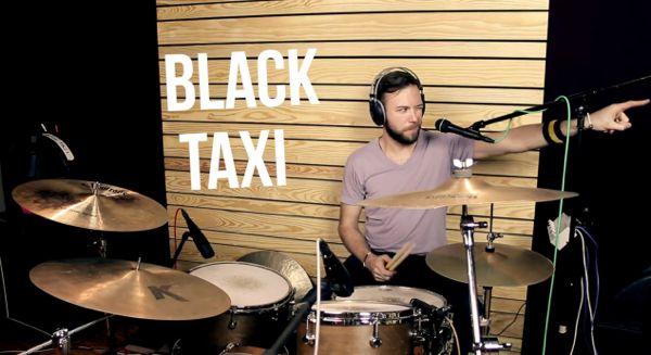 Off the Avenue:  BLACK TAXI