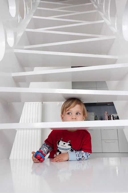 What a great way to do alternating tread stairs!