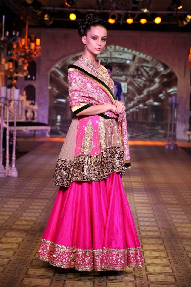 PCJ Delhi Couture Week 2012 - Manish Malhotra - Fashion Blog - For All Things Beautiful - The Purple Window
