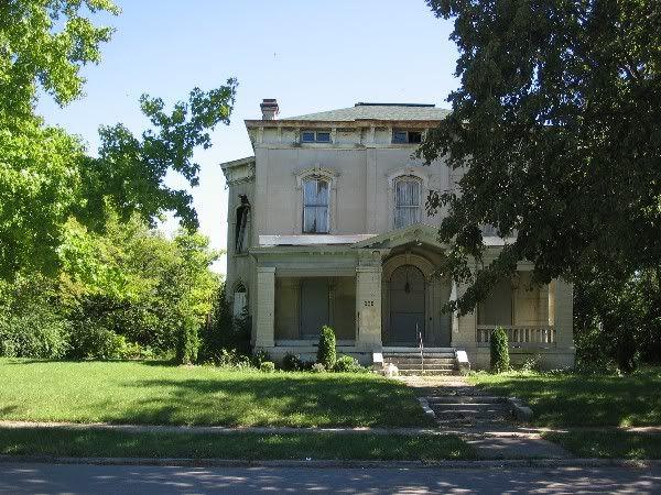 Abandoned mansion in Dayton...InnerWest Demolition Death Watch...deurbanization in Dayton.