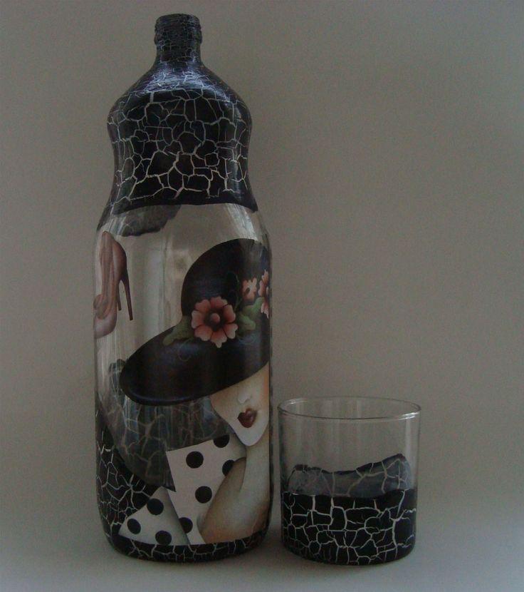 garrafa com craquelê e Decoupage