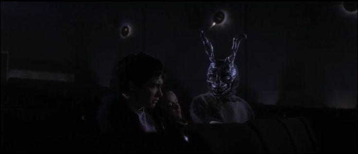 * Éphéméride * du 30 Janvier : 2002, sortie française de Donnie Darko - https://addict-culture.com/ephemeride-30-janvier-2002-sortie-francaise-de-donnie-darko/ 2002, donnie darko, richard kelly