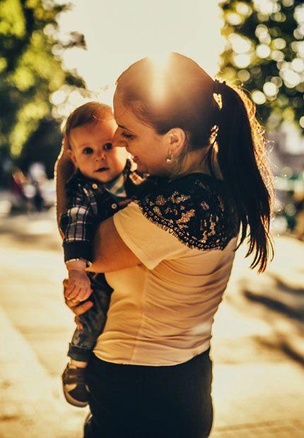 100 spanische Vornamen für Jungs & Mädchen: http://www.gofeminin.de/mama/album1233127/spanische-vornamen-0.html