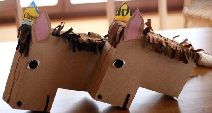 Paardje spelen met een paard die je helemaal zelf hebt gemaakt! Een leuk knutselwerkje om te doen en daarna veel speelplezier! Hij is ook leuk als #surprise