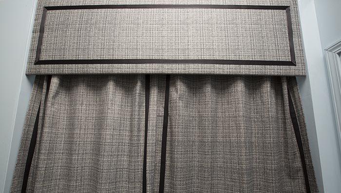 Builder Grade Bath Updates: Shower Curtain Valance