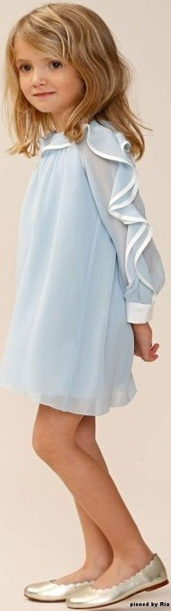 I don't know what this is called but it's very elegant.  www.2locos.com Chloe` Childrenswear FW 2016-17