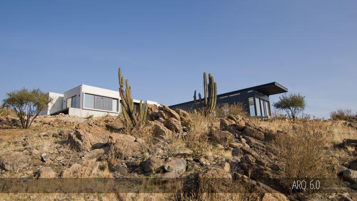 Casa Sotomayor   Proyecto: Casa Unifamiliar Superficie Construida: 240m2 Ubicación: Hacienda de Chacabuco, Colina, R.M., Chile Fecha: 2016 Sistema Constructivo: Acero y SIP