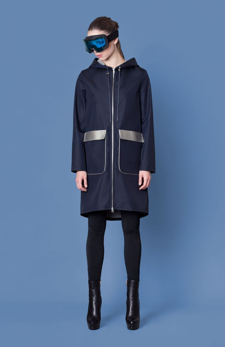 Cocoon Fall - Winter 2014-15 / Blu collection / Coat with hood and silver flaps on pockets