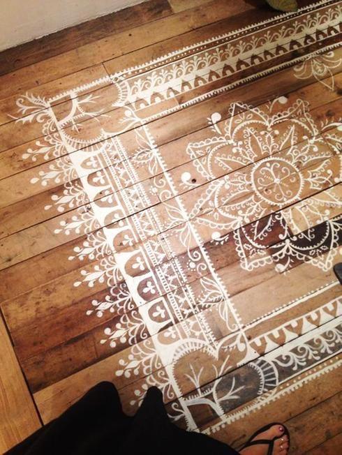 10 façons d'actualiser un plancher SANS le changer!