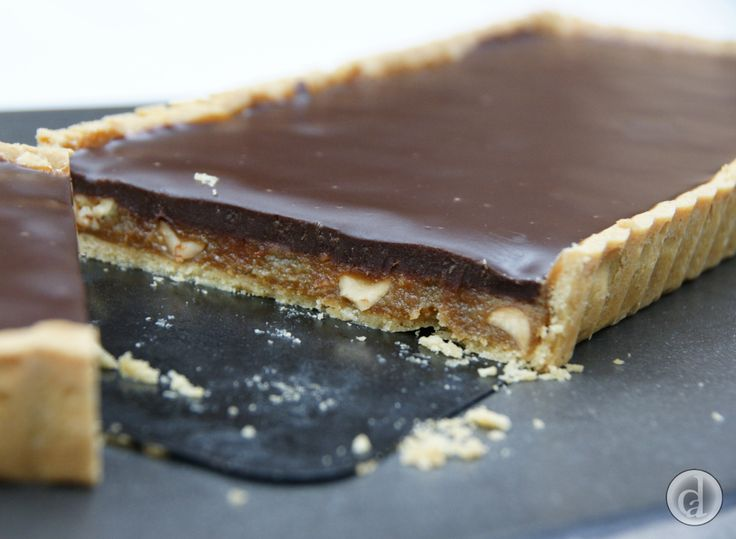 This gluten free tart is devoured so quickly, it must have something to do with the combination of chocolate, caramel, peanuts & vanilla.