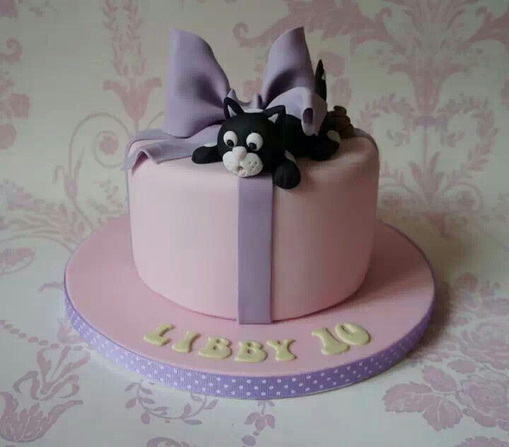 Cake Decorating Ideas Cat : Black cat cake. Cake Decorating! Pinterest Cats, Cat ...