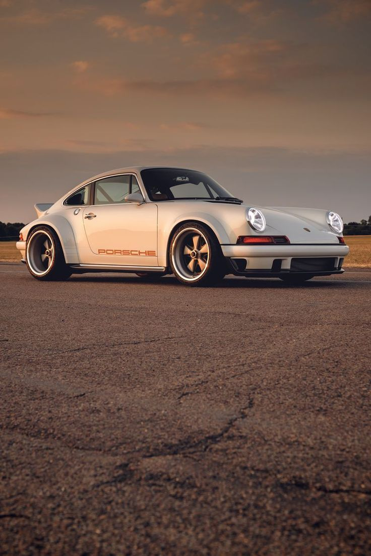 Singer and Williams Wildly Reimagined 500-hp Porsche 911 is beyond the