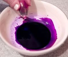How to Make Purple With Food Coloring | eHow.com