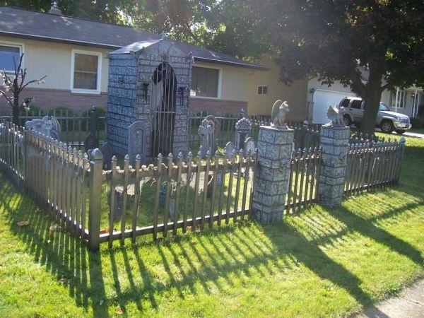 halloween yard decor halloween graveyard halloween cemetery cemetery