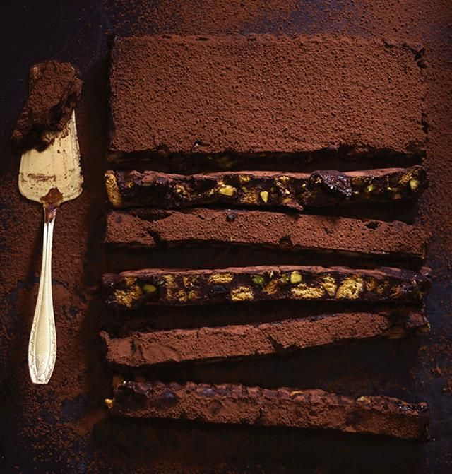 Chocolate fridge tart   Sjokolade-yskastert #chocolate #tart #nuts