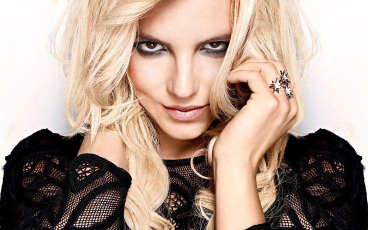Free Download Britney Spears Hot HD Wallpaper