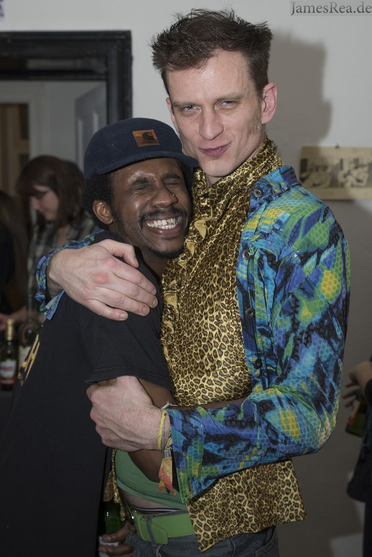 Stephen Paul Taylor and Lexodus at ReTramp Gallery in Berlin.  #StephenPaulTaylor #Lexodus #Retramp #Artistsinberlin #eventphotography
