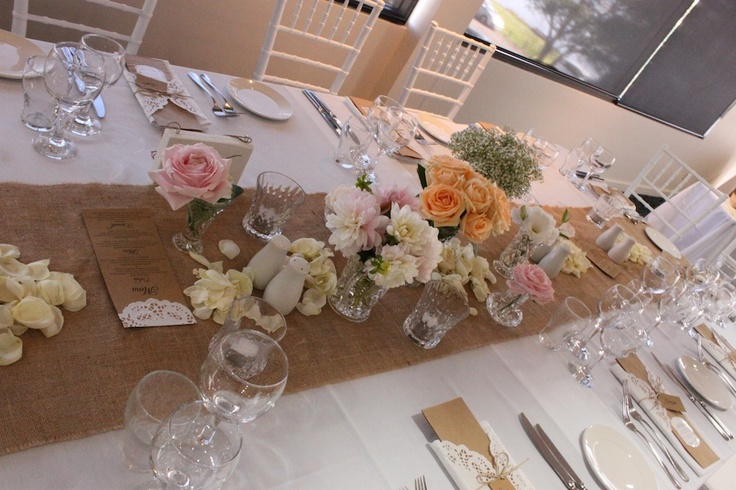 Jenna's gorgeous #bridaltable.  The bridal party sat all the way around the table.