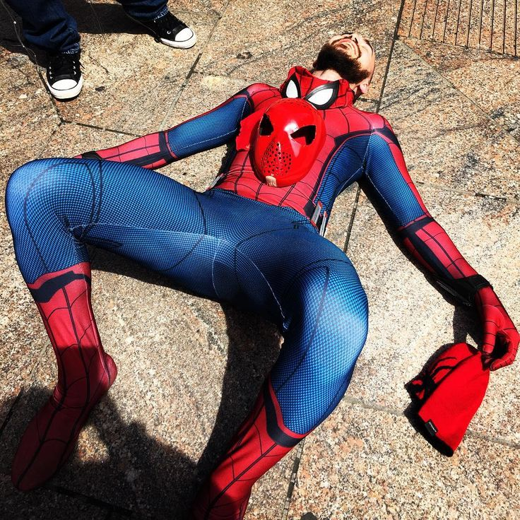 This Monday has me like ...  . . #monday #thestruggle #thestruggleisreal #mondays #tired #exhausted #funny #lispidey #spiderman #spidey #webhead #peterparker #webslinger #cosplay #spidermancosplay #comic #marvel #spidermancostume #wallcrawler #spideycosplay #marvelcosplay #comicbook #cosplayer #newyork #longisland #spidermanhomecoming