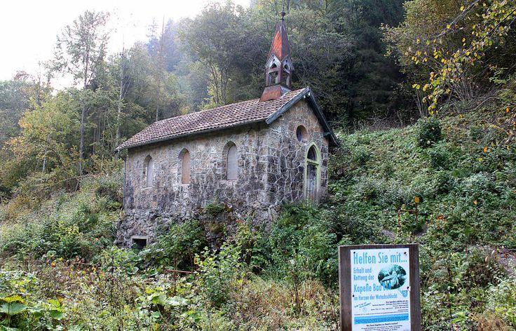 Bad Boll, Kapelle Naturschutzgebiet Wutachschlucht (Göppingen) BW DE