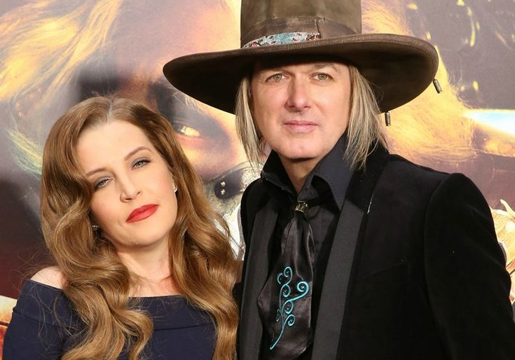 Lisa Marie Presley Trashes Michael Lockwood Over Outing With Twin Daughters #LisaMariePresley, #MichaelLockwood celebrityinsider.org #Entertainment #celebrityinsider #celebrities #celebrity #celebritynews