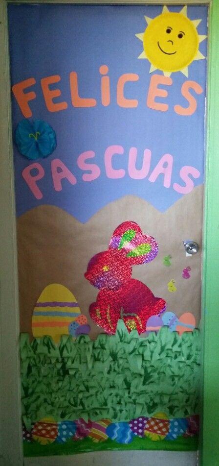 Puerta decorada Pascuas