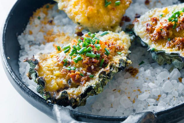 Baked Oysters Chowder in a Shell
