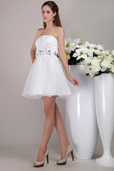 Strapless White Organza Prom Gown sfp0773 - http://www.shopforparty.com/strapless-white-organza-prom-gown-sfp0773.html - COLOR: White; SILHOUETTE: A-Line; NECKLINE: Strapless; EMBELLISHMENTS: Bowknot; FABRIC: Organza - 179USD