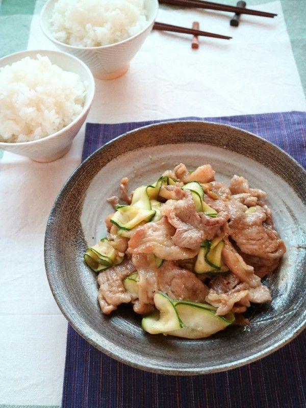 ご飯が進む!10分でできるズッキーニと豚肉の生姜焼き! by 石倉かおり ...