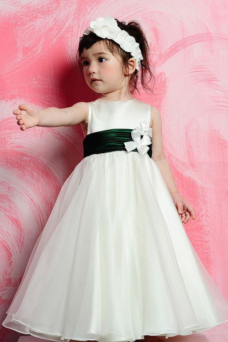 174 best Flower Girls and Ringbearers images on Pinterest | Page boy ...