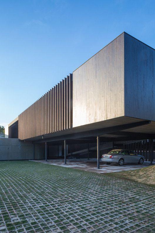 Mejores 4778 im genes de fachadas minimalistas en for Fachadas edificios minimalistas
