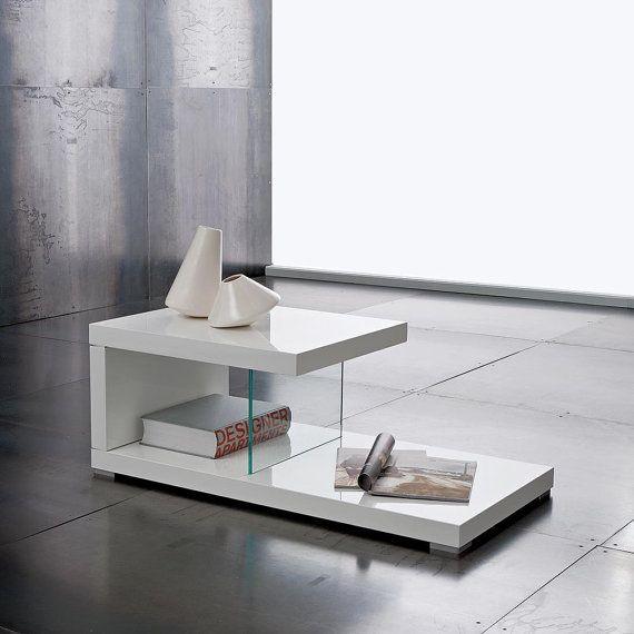 Un tocco di eleganza e di stile, animo leggero, pur non rinunciando ad una base maestosa e robusta #design #home