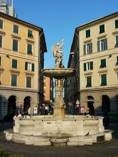 Genoa, Piazza Colombo
