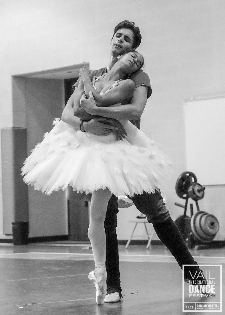 Misty Copeland & Alexandre Hammoudi rehearse the White Swan pas de deux for the 2015 Vail International Dance Festival. Photo © Erin Baiano
