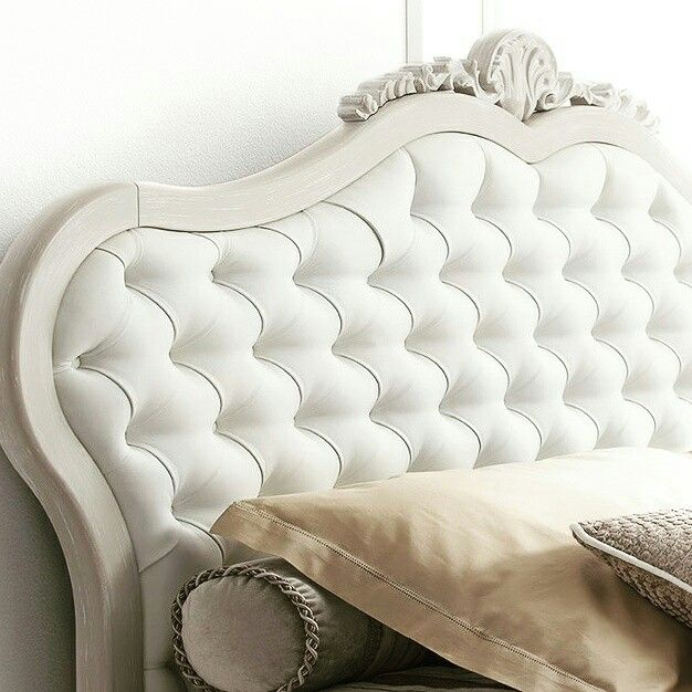 Tablie pat din lemn masiv si piele alba  Headboard bed custom made with white leather and sturdy wood