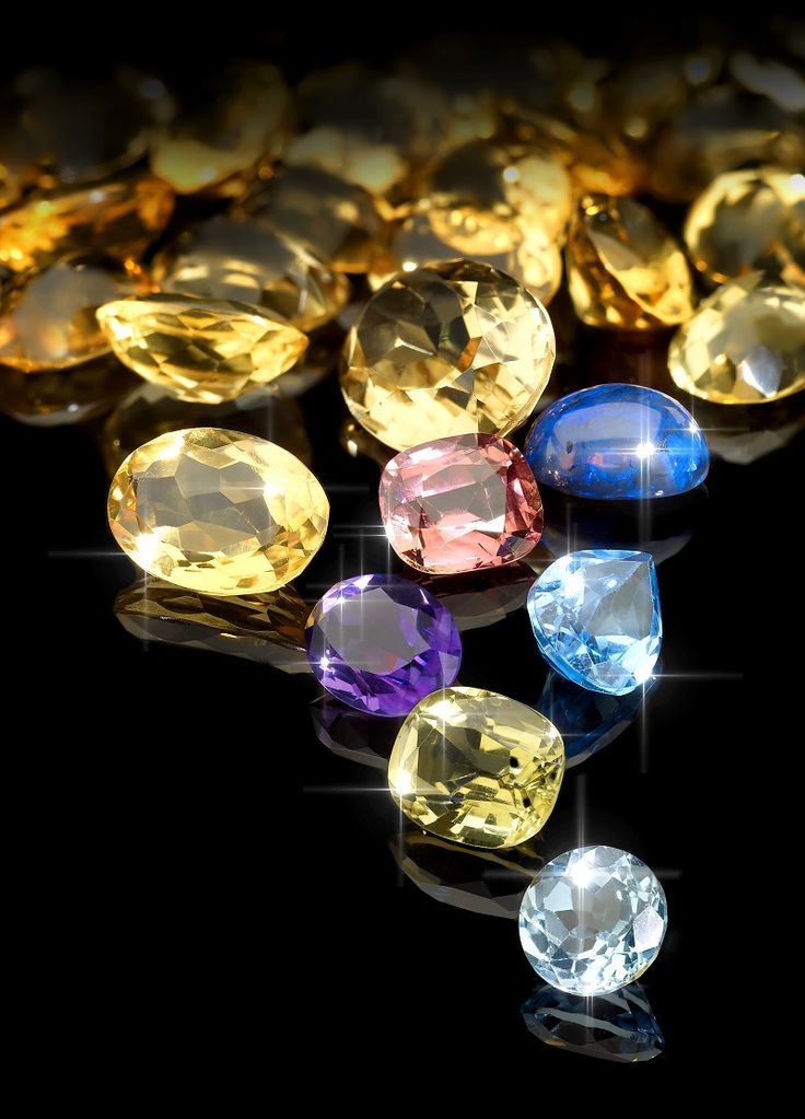 Create your own beautiful jewellery designs. The Stones for tender auction features loose diamonds, emeralds, rubies, opals and many more.